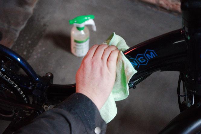 Die Pflege des Lacks ist bei manchen Bikes eine besondere Herausforderung.