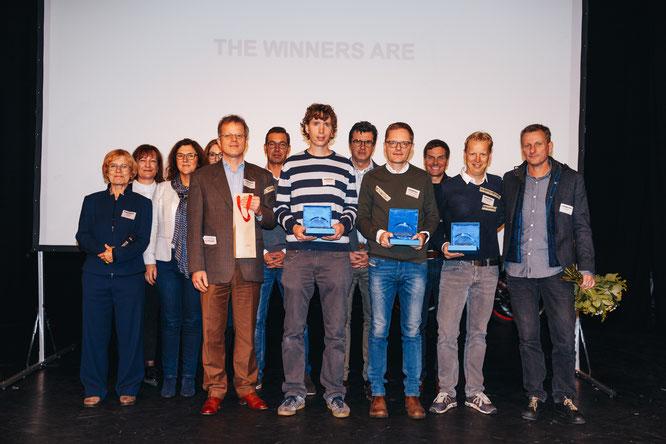 Den Hauptpreis erhielt die Firma chike aus Köln. Die beiden Gründerteams von Listnride aus Berlin und Tubolito aus Wien teilen sich den zweiten Platz.