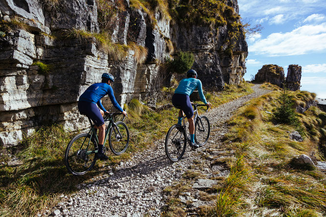Die Alpencross-Tour Volkswagen R Gravelbike Experience bietet ein faszinierendes Erlebnis.