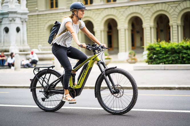 FLYER gewinnt Design & Innovation Award 2020 mit sportlichem Crossover E-Bike