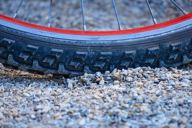 Die wichtigsten Begriffe zum Reifenkauf