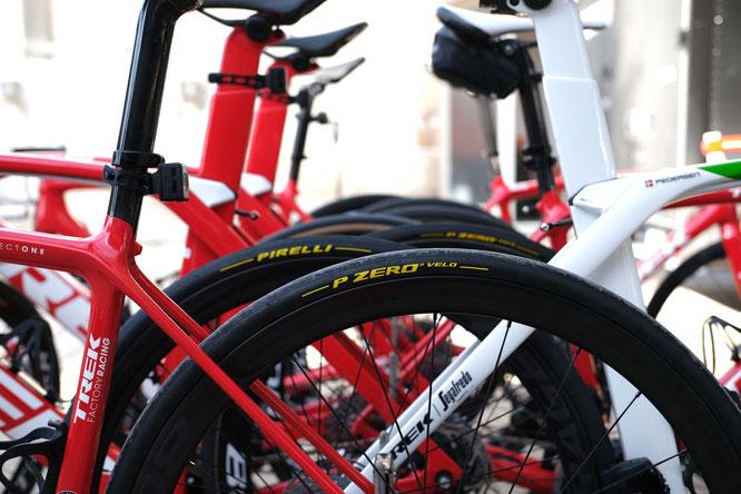 Der Weltmeister Mads Petersen und Vincenzo Nibali treten mit den Reifen von Pirelli an