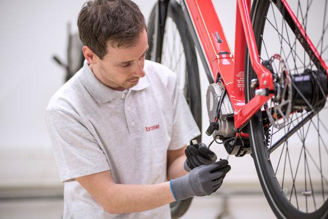 Im Rahmen der Online-Schulungen können sich Händler und Servicewerkstätten für das Brose Service Tool zertifizieren lassen.