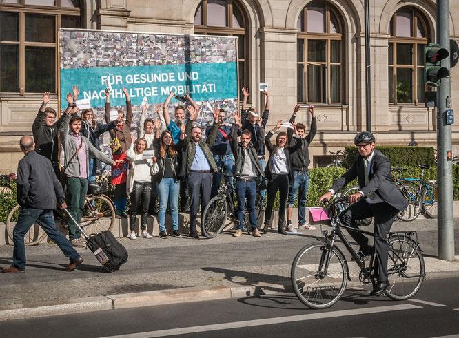 Für Deutschlands erstes Radverkehrsgesetz mit Deutschem Fahrradpreis ausgezeichnet: die Initiative Volksentscheid Fahrrad aus Berlin