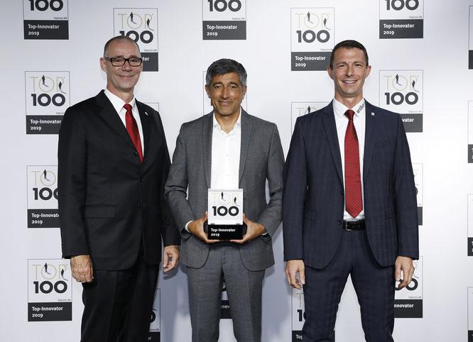 Wiha wurde am 28. Juni vom Mentor des Wettbewerbs, Ranga Yogeshwar, sowie dem wissenschaftlichen Leiter des Vergleichs, Prof. Dr. Nikolaus Franke, und compamedia in der Frankfurter Jahrhunderthalle ausgezeichnet.