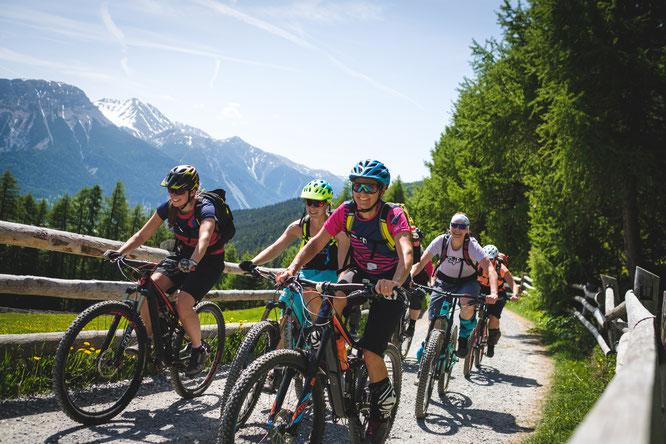Womens Bike Camp - Reschen ©Hofer  www.womensbikecamp.com