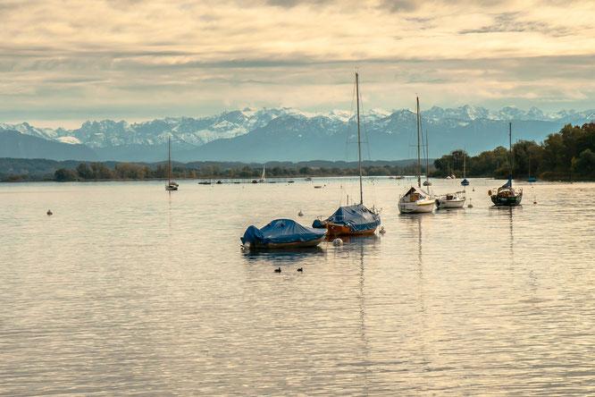 Auszeit am Ammersee mit Blick auf die Berge © LRA Landsberg am Lech, Bernd Kittlinger