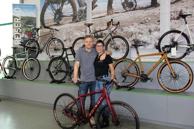 Thomas Wiesel und Jessica Lilly, das Inhaber-Ehepaar leitet gemeinsam die Geschäfte der POISON Bikes GmbH. Foto: POISON Bikes GmbH