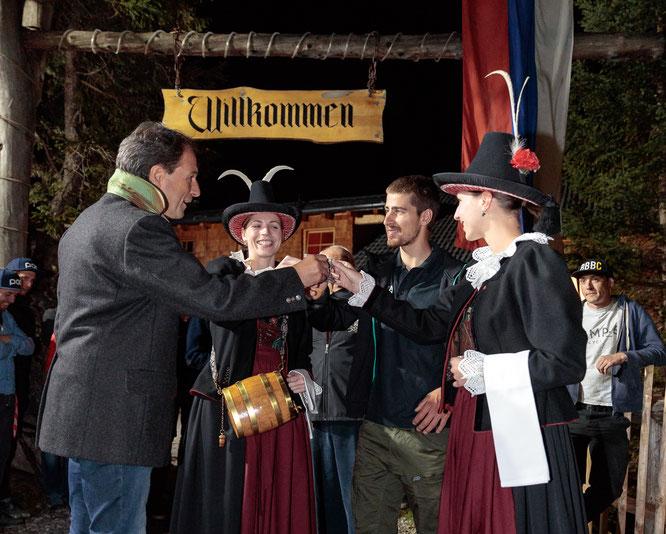 TVB-Obmann Franz Theurl begrüßt auch diese Woche wieder das Team BORA - hansgrohe um Peter Sagan in Osttirol