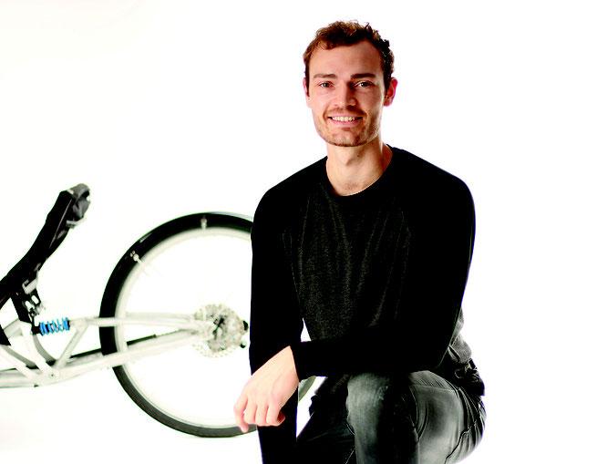 Ein Trike, ein Designer, ein Projekt: Jonas Engelhardt entwickelt für die Trikes von HP Velotechnik einen Handantrieb. Bilder:HP VELOTECHNIK