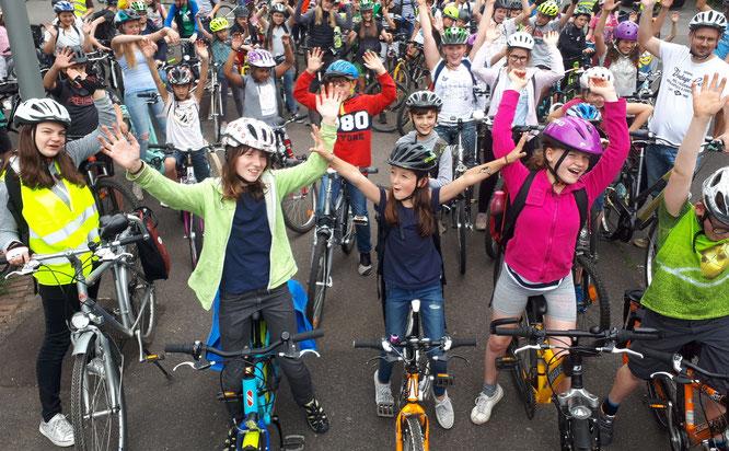 """Mit dem Rad zur Schule? """"Aber sicher!"""", rät der ADFC Rheinland-Pfalz.   Foto: ADFC Saarland"""