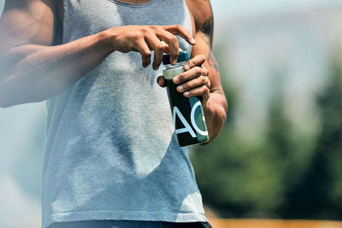 AG1 ist ein leckerer Mix aus 75 hoch absorbierbaren Inhaltsstoffen für eine bessere Gesundheit.