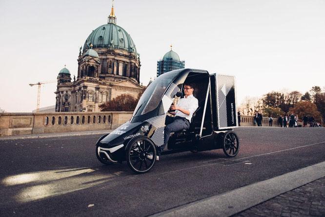 Fährt bald auch für Mail Boxes Etc. durch Berlin: Der Loadster von citkar