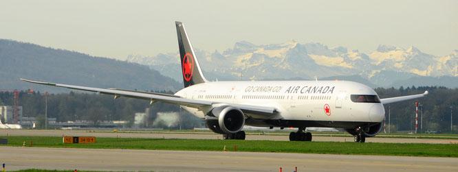 Airsidefoto Canada P.Trippi Aviatik