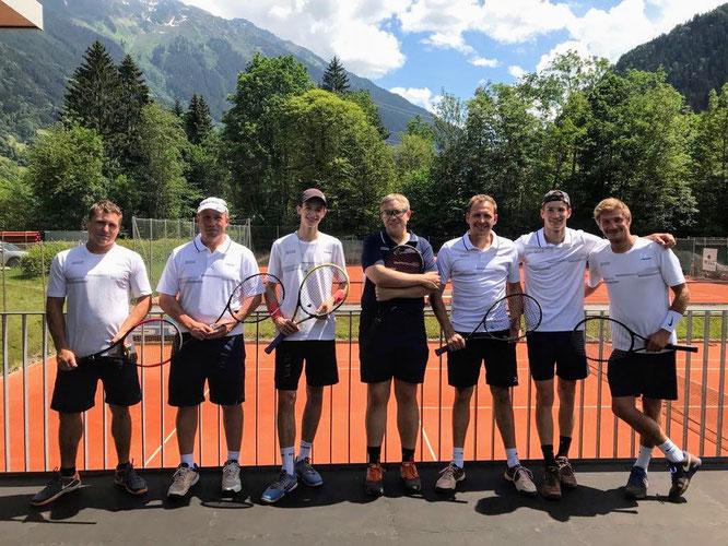 von links nach rechts - Andi, Darek, Ralf, Rainer, Michi W., Michi P., Dominik