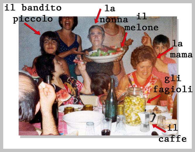 Pietro als Junge mit seiner Familie in Italien am Esstisch