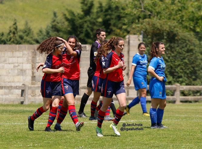 El Aurrera celebra un gol en la ida - Foto: Javi Urola