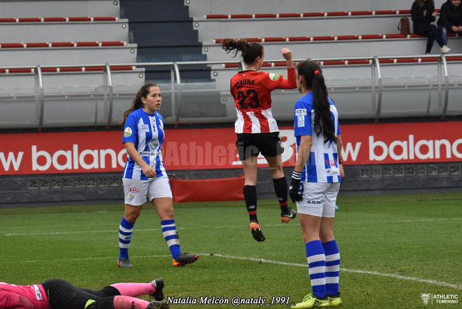 Ane Azkona celebra su primer gol con el primer equipo - Foto: Natalia Melcón