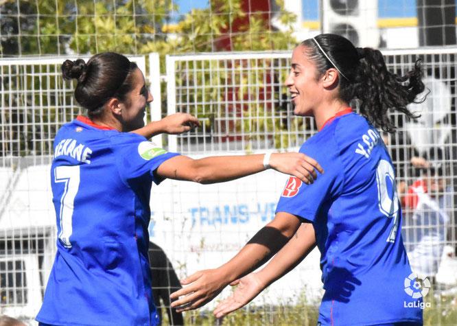 Yulema y Nekane celebran el gol del Athletic - Foto: LaLiga