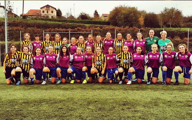 Ambos equipos posaron con motivo del día en contra de la violencia de género - Foto: @betikoneskak