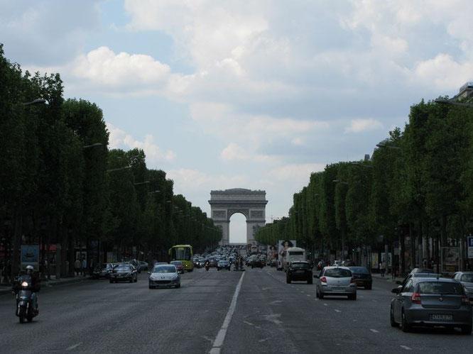 Alltag auf den Champs-Élysees