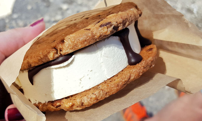 The good batch; Ice Cream Sandwich; Smorgasburg; Streetfood; NYC; New York City; Travel diary; Food; Eat and be merry; Foodie; Williamsburg; Brooklyn; live4happiness2day; bloggingforinspiration