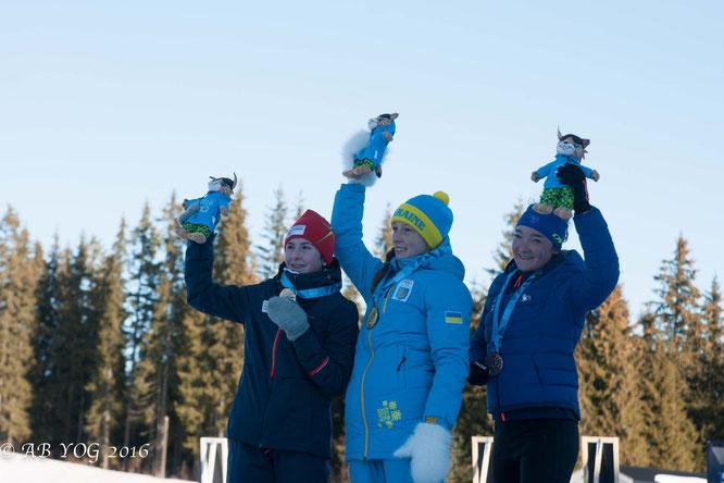 Crédit : AB YOG 2016 / Le Discobole ⎥Lou Jeanmonnot Laurent, 3e de la poursuite 7,5km en biathlon.