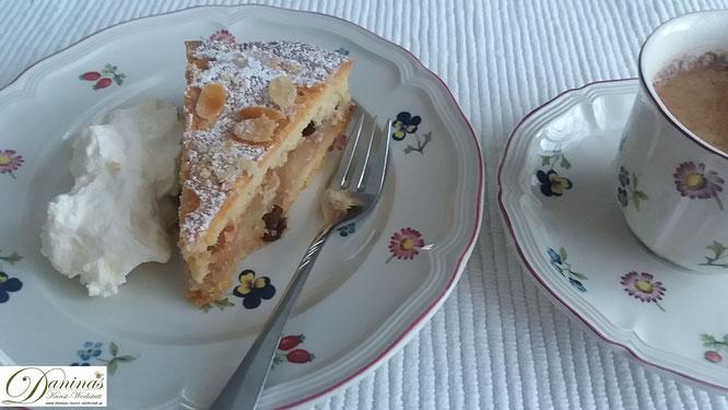 Gedeckter Apfelkuchen mit Mürbeteig und Mandelblättchen - Konditor Rezept by Daninas Dad.