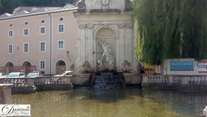 Die Kapitelschwemme am Kapitelplatz ist einer der anmutigsten Brunnen in Salzburg.