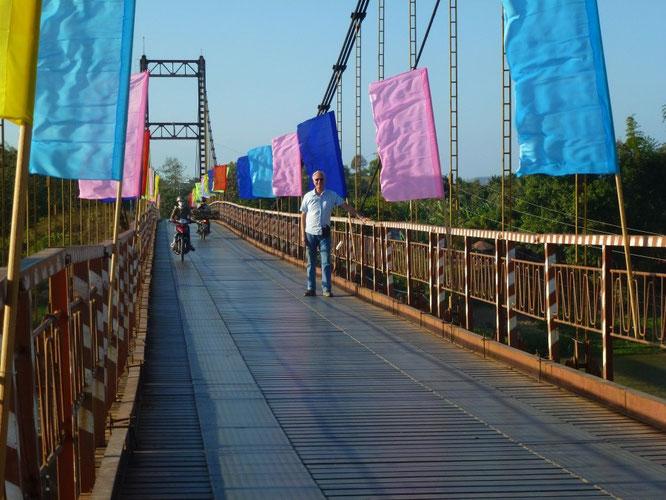 Viele Brücken sind auch heute noch einspurig.