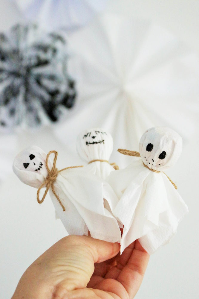 diy halloween s igkeiten verpackung als geist. Black Bedroom Furniture Sets. Home Design Ideas