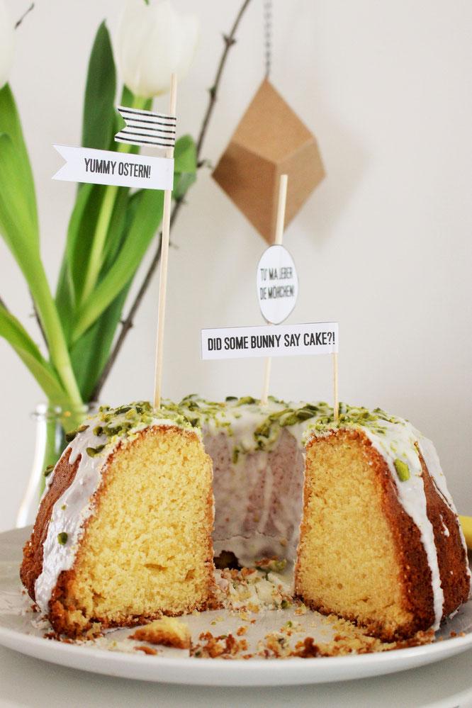 Bild: Einfaches Rezept für einen Eierlikör-Gugelhupf, ein schneller Kuchen für Ostern, im Frühling oder als Sommerkuchen, von www.partystories.de
