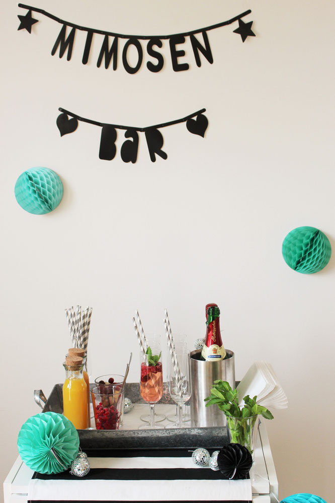 Bild: Ideen und Tipps für Sekt mal anders, als Sektbar und Pimp-your-Prosecco Getränkestation, gefunden auf Partystories.de