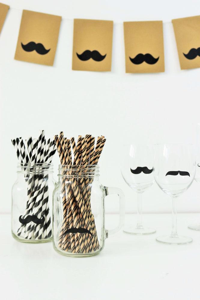 Bild: Mit diesen Ideen eine Schnurrbart-/Moustache Mottoparty zum Geburtstag für den Mann und Erwachsene feiern – mit Tipps für Schnurrbart Party Deko, Partyfood Rezepten und Moustache DIY's // Partystories.de // #Moustacheparty #Mottoparty #Geburtstag