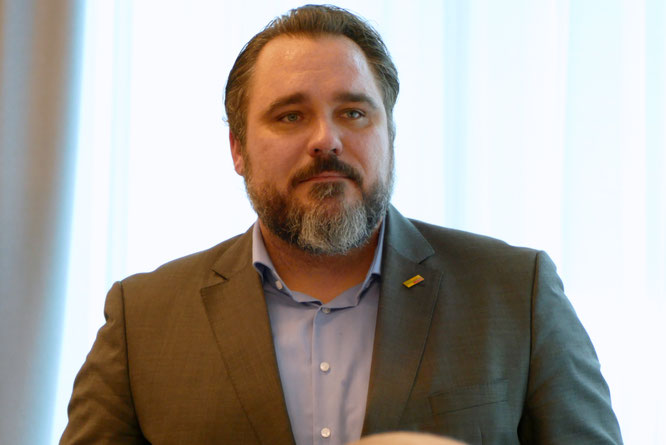 Landesvorsitzender der FDP Bayer, Daniel Först MdB sprach in seinem Grußwort das Potenzial der liberalen Senioren an.