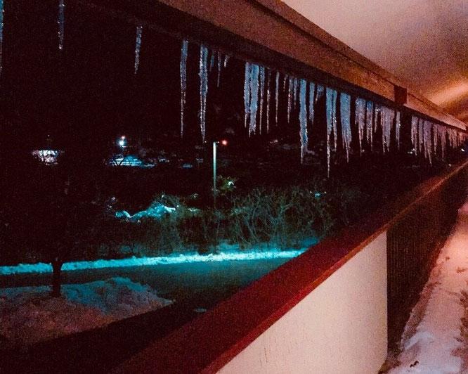 アメリカ 横断 モーテル 雪