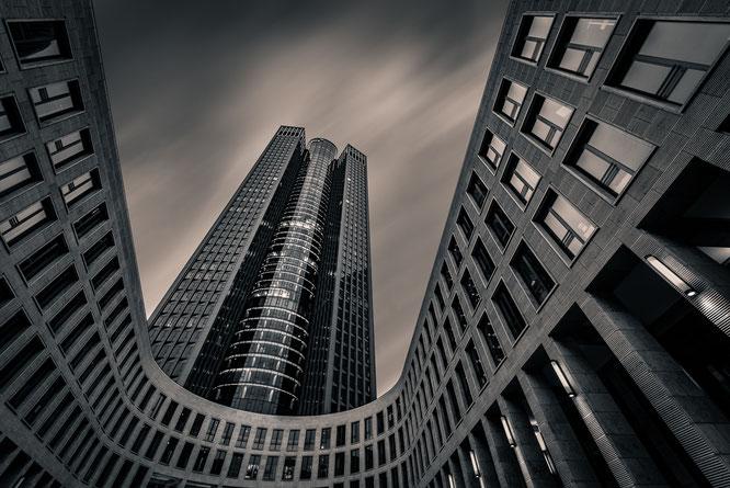 Frankfurt Hochhaus Tower 185 Langzeitbelichtung