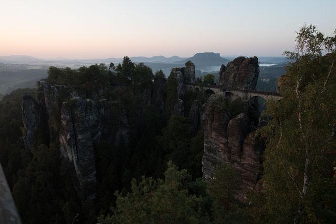 Bastei, Sächsischen Schweiz, Elbsandsteingebirge, Sonnenaufgang, Lightroom
