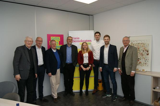 von links: Manfred Hegel, Hermann Ludewig, Dr. Ulrich Klotz, Matthias Hegel, Carola Oesselke, Patrick Büker, Philip Winkler, Ernst Sebbel