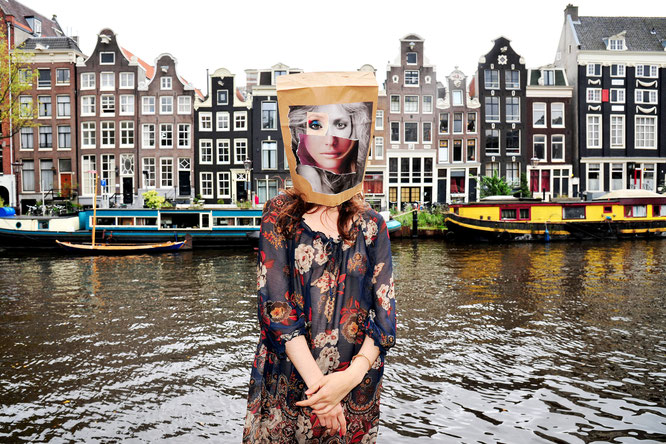 Foto & Konzept: Andreas Ender, photo-art+painting | Baggie in Amsterdam (NL)