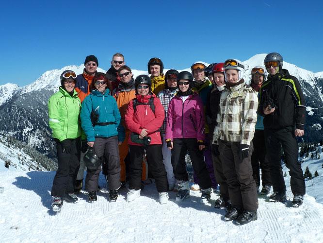 Die Teilnehmer des VC-Skiausflugs 2013 ins Gasteinertal