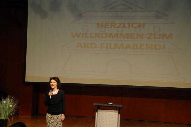 AD Korrespondentin in china, Adelhardt, Filmabend Deutsche Schule ARD Büro Peking Beijing