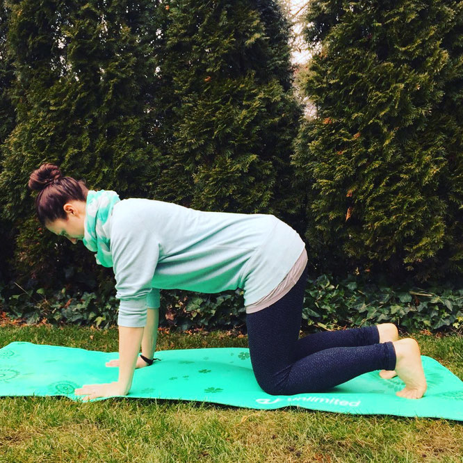 MOMazing #beckenbodenglück mit Sarah Ege Beckenboden Mama Mami Yoga Blog