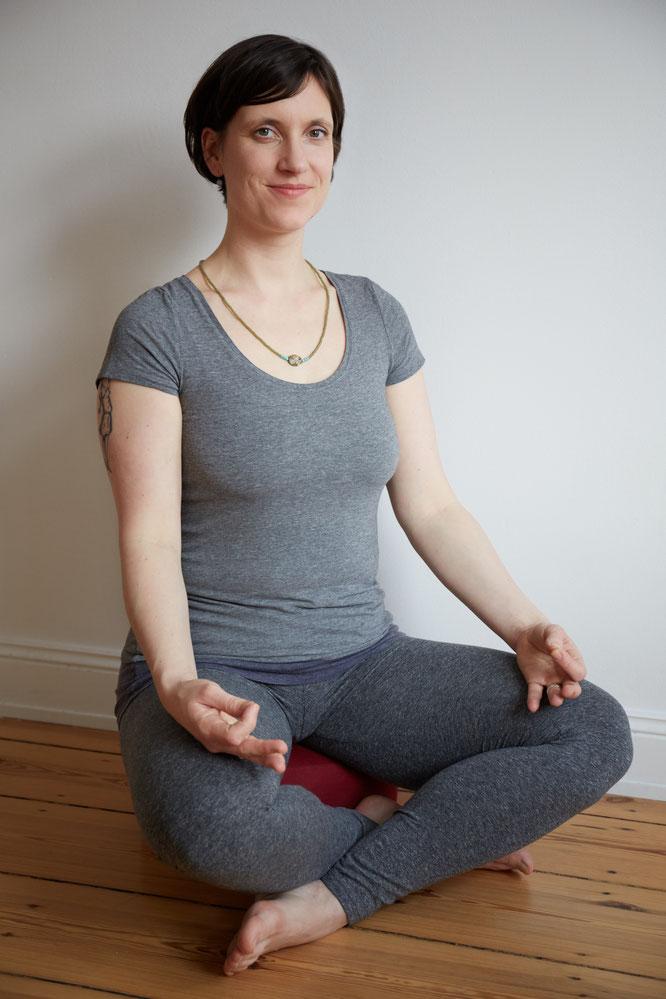 DIY-Tipps für deine Meditationsecke. Maite Woköck gibt auf dem Mama Yoga Blog MOMazing Tipps, für deinen eigenen Meditationsplatz.
