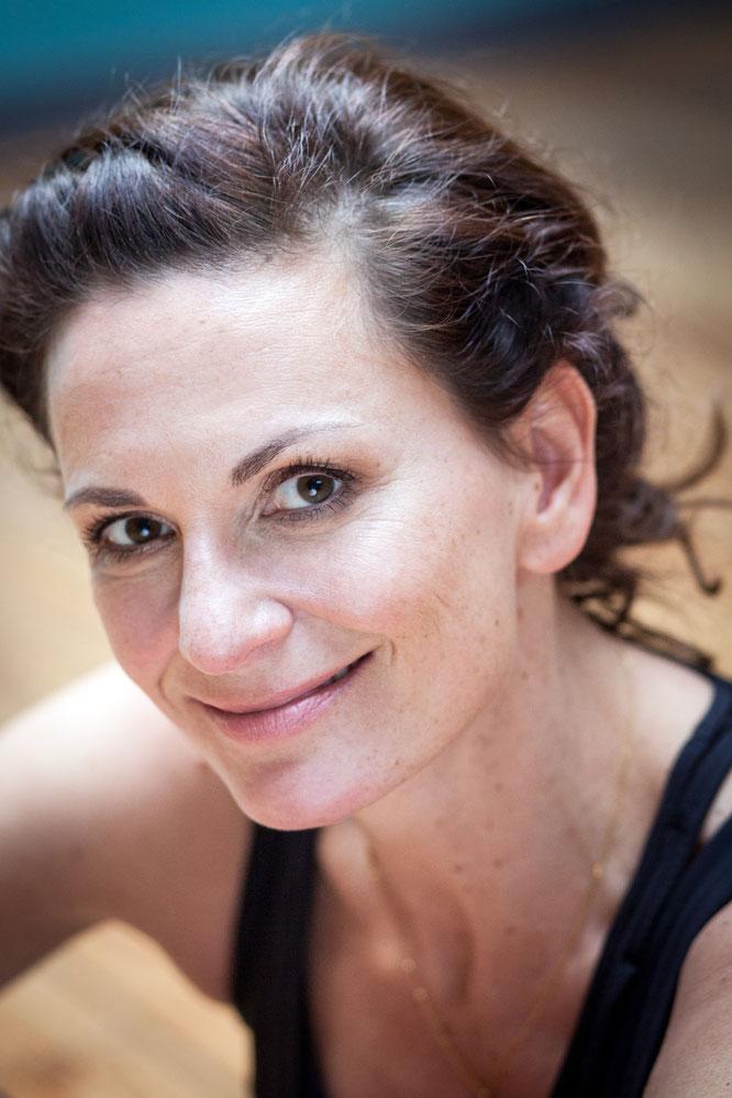 Yoga Mama Nicole Bongartz im Interview über ihre zweite Schwangerschaft, die Yoga Conference Germany und ihr Mama-Mantra MOMazing Yoga Mama Mami Blog