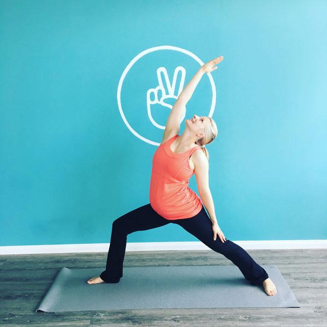 Informationen über Schwangerschaftsyoga und Yoga für Schwangere auf dem Mama Yoga Blog MOMazing.