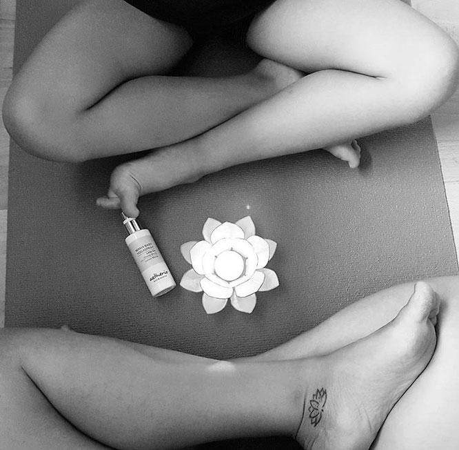 Little Om Bio-Aromaspray für Babys, Kinder und Mamas. Aromatherapie auf dem Mama Yoga Blog MOMazing.