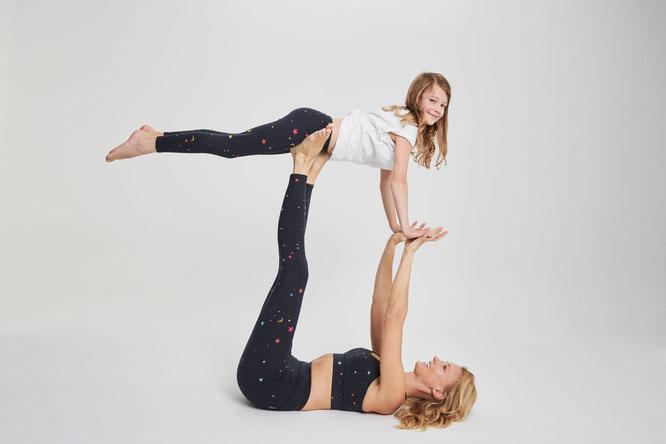 Mini and Me-Yoga-Leggings von Hey Honey – ein Last-Minute-Yoga-Mama-Geschenk-Tipp von MOMazing – Das Mama Yoga Love Mag