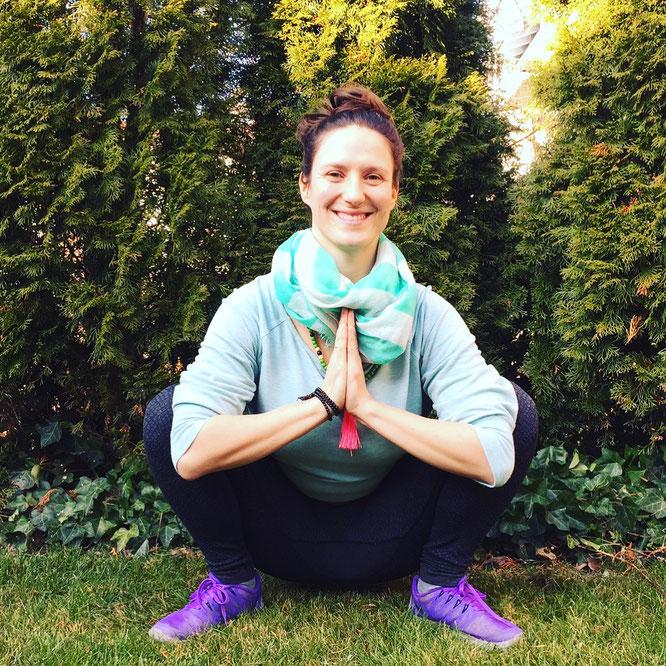 MOMazing Beckenbodenglück in der Schwangerschaft mit Sarah Ege Beckenboden Mama Mami Yoga Blog