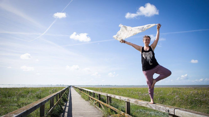 Tipps und viel Liebe für den Beckenboden auf dem Mama Yoga Blog MOMazing.